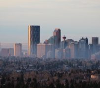 CMHC predicts moderation for Canada's housing market in 2015 and 2016 as oil provinces face risks