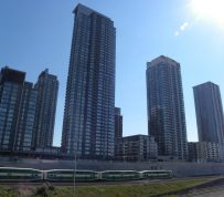 Average Toronto condo rent creeps past $2,000 for the first time