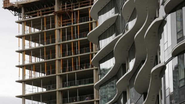 Builders scrap pre-sold Toronto condo towers as costs escalate