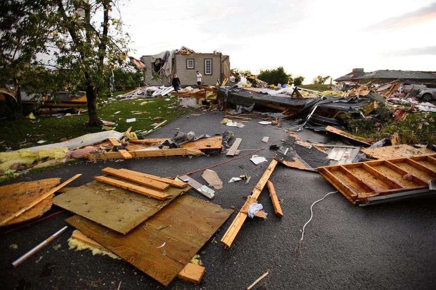 Tornado tears through Ottawa and Gatineau area, causing injuries
