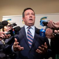 Alberta campaign settles into early 'grinding' rhythm