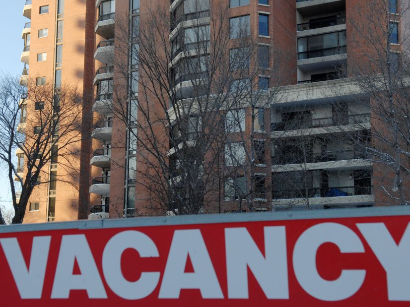 Edmonton rental market sees vacancy rate decrease despite growing supply