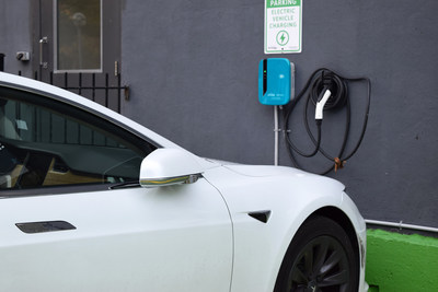 CHARGELAB OFFERS $0 ELECTRICAL VEHICLE CHARGERS FOR MULTI-FAMILY BUILDINGS & WORKPLACES