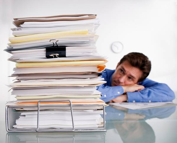 frustrated-employee-at-desk