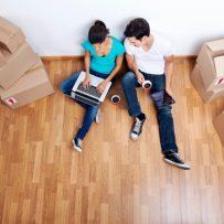 Is Vinyl Plank Flooring the Latest Apartment Trend?