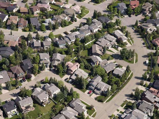 Canada Mortgage and Housing Corporation says in its second-quarter report that payments on 1,487 mortgages in Alberta were three months or more overdue as of June 30 — up from 978 at the same time in 2015.
