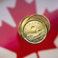 Loonie could hit 76 cents U.S. by middle of next year: National Bank