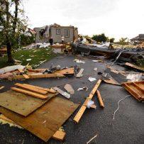 Tornado tears through Ottawa and Gatineau area, causing injuries