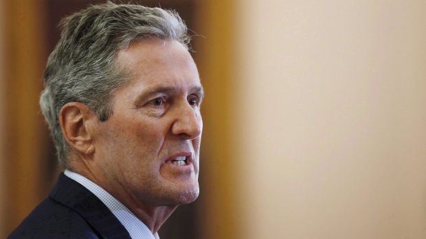 Manitoba backs out of planned carbon tax, maintains 'green plan'