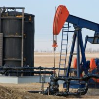 China swoops in on Canadian oil that's US$50 cheaper than U.S. crude