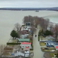 1 dead, hundreds of homes evacuated as floods swamp eastern Canada