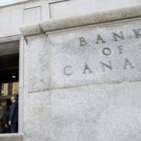 Bank of Canada abandons rate-hike bias amid economic slowdown