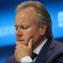 As Poloz takes the spotlight, Bay Street eyes rate cut clues