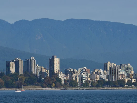 REITS TAKE LONG VIEW OF VANCOUVER'S RENTAL MARKET EVEN AS VACANCIES RISE, RENTS DROP