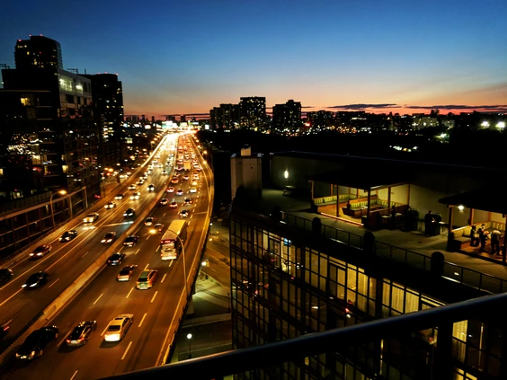 WHAT THE FLATTENING BID-RENT CURVE MEANS FOR THE FUTURE OF DOWNTOWN REAL ESTATE