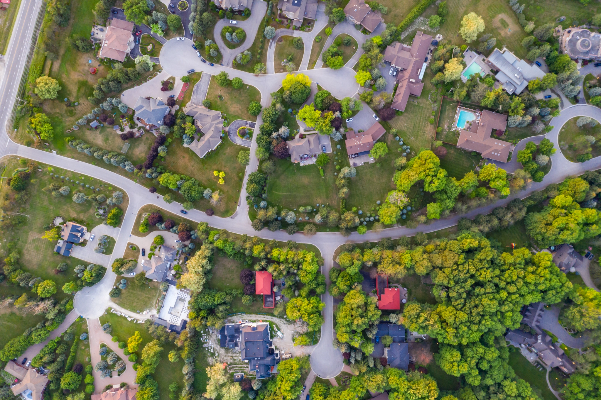 AS CANADIANS LAMENT RISING HOUSE PRICES, WHICH PARTY OFFERS SOLUTION AS FEDERAL ELECTION LOOMS?