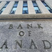 BANK OF CANADA 'IN A PICKLE' WHEN IT COMES TO HOUSING: NATIONAL BANK